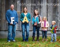 기발한 가족 사진을 위한 40가지 아이디어
